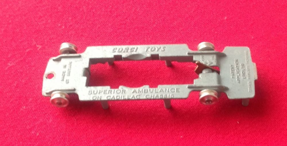 Corgi #437  - Original - Superior Ambulance  - Baseplate